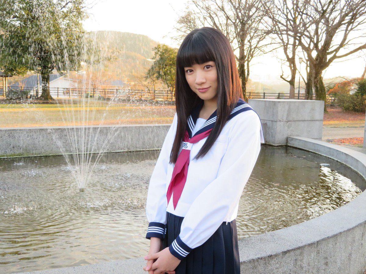 永野芽郁の高校時代をかわいい画像で紹介!