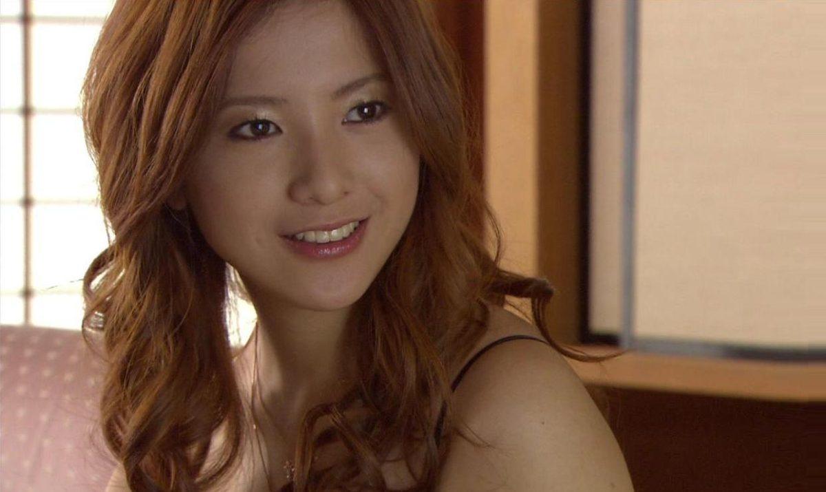"""吉高由里子、映画""""蛇にピアス""""で私の○○を見てと監督に迫った件"""